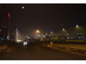 Kayseri'de Sisli Gece