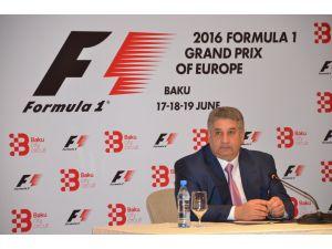 Bakan Rahimov: Bakü'deki Formula1'de arabalar ilk kez 340 kilometre hız yapacak