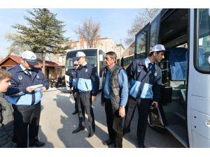 Büyükşehir zabıtadan, 243 okul ve kreş servis aracına ceza