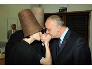 """Başkan Ergün: """"Mevlana, Aşk Ve Sevgi Kılavuzudur"""""""