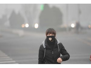 Çin'de kirli havadan dolayı yeniden kırmızı alarm verildi