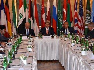 Suriye için 'siyasi geçiş' gündemi