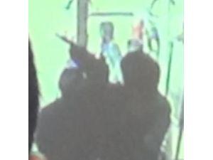 Maskeli iki kişi, pompalı tüfekle PTT'yi soydu