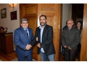 Yabancı Öğrenciler Belediye Başkan Vekili Can'ı Ziyaret Etti