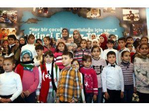 Sare Davutoğlu Konya'daki Suriyeli Çocuklarla Buluştu