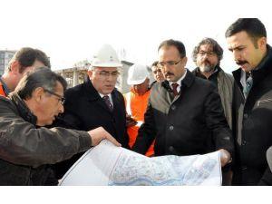 """TOKİ Başkanı Ergün Turan; """"Uşak'taki Kentsel Dönüşüm Emsallerinin En İyisi"""""""
