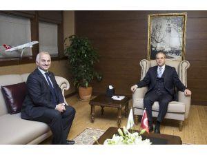 Bakan Çağatay Kılıç, THY Genel Müdürü Kotil'i Kabul Etti