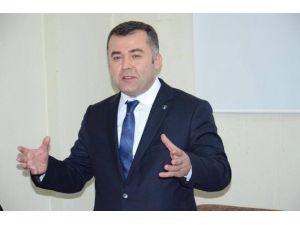 """AK Parti İl Başkanı Keskin """"Mazlumlara Her Zaman Kucak Açacağız"""""""