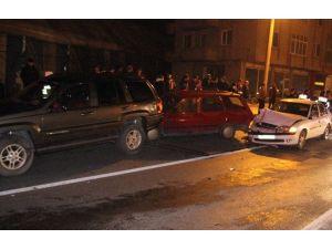 Alkollü Sürücü Zincirleme Kazaya Yol Açtı