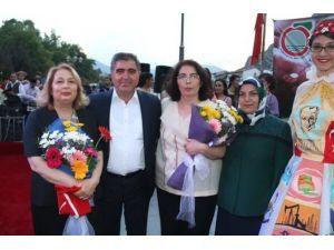 Başkan Özdemir'e Yılın Belediye Başkanı Ödülü