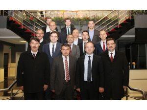 Kağıtspor Yeni Yönetimi İlk Toplantısını Yaptı