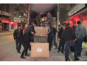 Elazığ'dan Bayırbucak Türkmenlerine 2 Tır Yardım Yola Çıktı