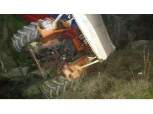 Dereye Uçan Traktörün Alkollü Sürücüsü Ağır Yaralandı