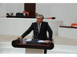 MHP'li Günal: Giderlerin yüzde 38 artması bütçe disiplinini bozacaktır