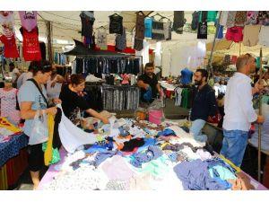 Buca Tekstil Pazarı Kapılarını Açıyor