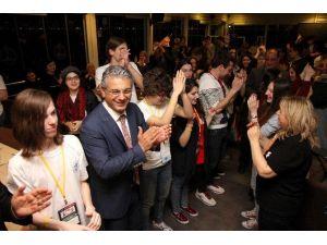 Karşıyaka'da Kent Tesisleri Yılbaşına Hazır