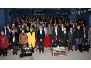 Aliağa'da, AK Parti Danışma Meclis Toplantısı