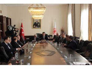 Milletvekili Serdar Elazığ Ticaret Borsası Heyetini Kabul Etti