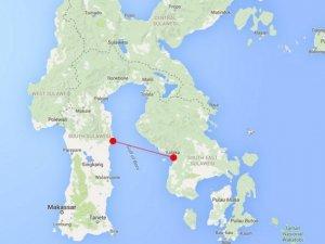 Endonezya'da 100 yolcu taşıyan tekne battı