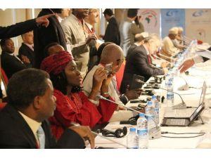 Başbakan Davutoğlu, Afrika Düşünce Kuruluşlarıyla Buluştu
