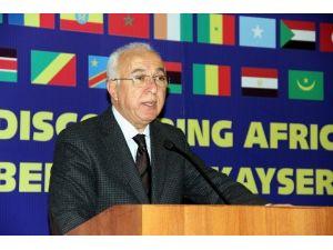 Hiçyılmaz Afrika Birliği Üyesi 23 Ülkeden 25 Büyükelçi Ve Maslahatgüzarlar İle Yemekte Bir Araya Geldi