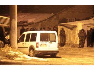 Polisin Operasyon Düzenlediği Katil Zanlısı İntihar Etti