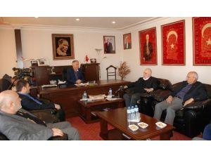 TBMM Plan Ve Bütçe Komisyon Başkanı Süreyya Sadi Bilgiç, Isparta Ticaret Ve Sanayi Odası Başkanı Şükrü Başdeğirmen'i Ziyaret Etti.