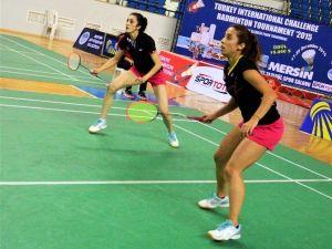 Badmintonda Yarı Finalistler Belli Oldu