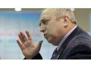 Rus senatörden Davutoğlu'na: Putin'i iyi tanımıyorsunuz