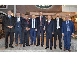 TBMM İçişleri Komisyonu Başkanı Güvenç, Kahramanmaraşlı Bürokratlarla Bir Araya Geldi