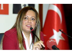 CHP İstanbul İl Başkanlığı'na ilk kadın aday