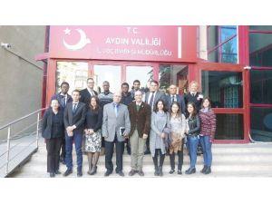 Yabancı Öğrencilerden İl Göç İdaresi'ne Ziyaret