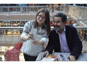 Ahmet Ümit Gebze'de Okurları İle Buluştu