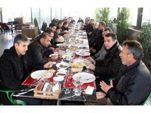 Yeni Malatyaspor'dan YEDAŞ'a Ve Gazetecilere Yemek