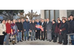 Özdağ'dan Manisa Gazeteciler Cemiyeti'ne Tebrik Ziyareti
