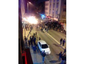 Okmeydanı'nda özel halk otobüsüne molotoflu saldırı