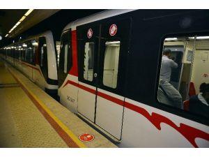 İzmir Büyükşehir Belediyesine 'Ulaşım' İsyanı