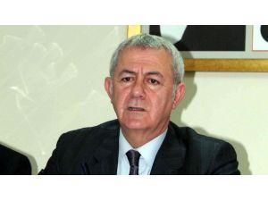 CHP İzmir'in başına 12 oy farkla Alaattin Yüksel geldi
