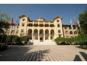 Gazi Üniversitesinde Alışılmadık Uygulama