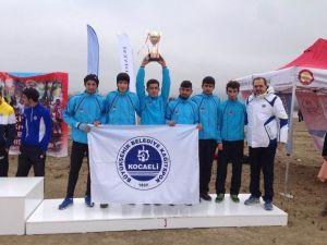 Kağıtsporlu Atletler , Kros Ligi'nde Üçüncü Oldu