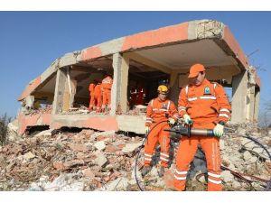 Deprem Tatbikatı Gerçeğini Aratmadı