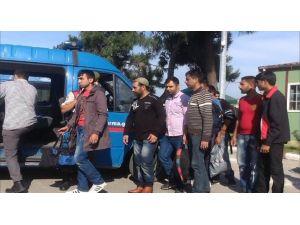 Kırklareli'de 23 Suriyeli Göçmen Yakalandı