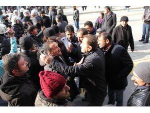Van'da HDP yürüyüşüne müdahale: 18 gözaltı