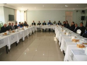 Yozgat Emniyet Müdürlüğü Muhtarlarla Huzur Toplantısı Düzenledi