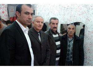 """""""Yerel Gazete Al, Altın Kazan"""" Kampanyasına Berberler Odasından Da Destek"""