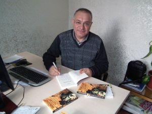 Yazar Selçuk Alkan 'Kendin Oldukça Güzelsin' Kitabını Malatya'da Tanıttı