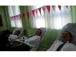 İlkokulda Kan Bağış Kampanyası