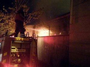 Diyarbakır'da teröristler okulu ateşe verdi