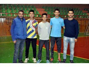 Nevşehirli Milli Atletler Türkiye Rekoru Deneme Yarışmalarına Katılacak