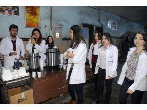 Hemşire Adaylarından 'Soğuk Madene Sıcak Uğurlama'
